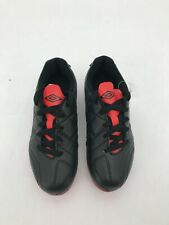 Umbro Kid's Soccer Cleat: Size 1