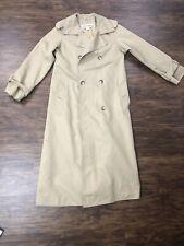 Beautiful 80's Vintage ILIE WACS Trench Coat Winter Coat, Size 4 EUC