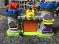Fisher Price Little People Mighty Kings Castle Mattel 2015 With Figure