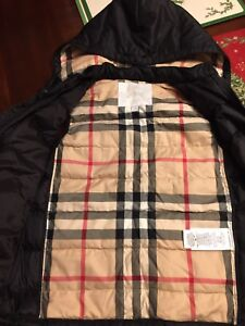 BURBERRY BOYS PUFFER VEST HOODIE BLACK SIZE 10 YEARS NWOT