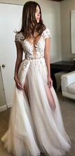 Simple Sexy and Elegant Wedding Dress of Side Slits Lace Appliques New Fashion