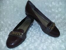 Liz Claiborne Dana Brown Patent Slip On Womens Shoes Gold Chain sz 6 NWOB Loafer