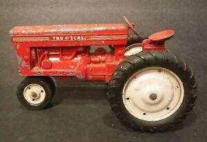 Vintage Tru-Scale Red Die Cast & Metal Tractor Farm Toy Pat. # 2786305 USA