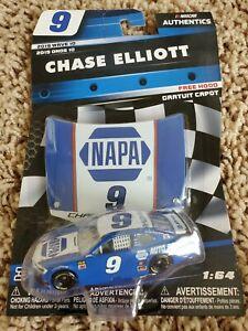 Chase Elliott 2019 NASCAR Authentics 1/64 Diecast - NAPA Darlington Throwback