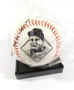 Lou Gehrig HOF 1939 Commemorative Replica Signed Baseball No COA