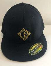 Flexfit 210 Premium Fitted 'B' Logo Black Fitted Baseball Cap- New Without Tags