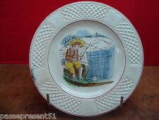 Jolie ancienne assiette, Pexonne, Peut-être.. une Reine.., bord de mer
