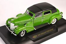 CADILLAC FLEETWOOD 1938 1:32 SIGNATURE 32340  NEW GREEN