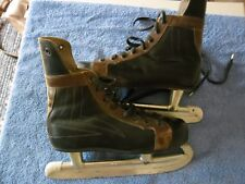 Rare shoe ice skate-Chaussure Patin à glace-taille 39-Professional Canadian Type