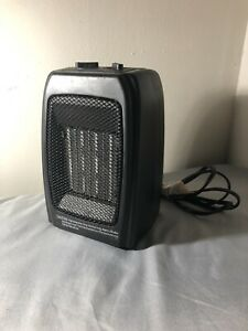 Comfort Zone Portable Ceramic Space Heater Model CZ442WM 1500 Watts - D0
