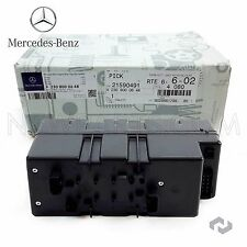 For Mercedes R230 SL550 SL55 AMG Central Locking Vacuum Supply Pump In Trunk