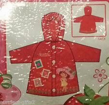 STRAWBERRY SHORTCAKE RED RAIN COAT SLICKER W/ HOOD~NEW~GIRLS SIZE MED. 4-5