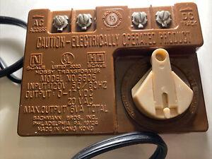 Bachmann Model 6605 Train HO & N Scale Power Hobby Transformer 0-17VDC 20 VAC