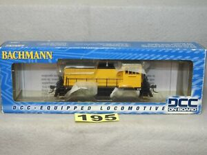 BACHMANN DCC HO SCALE #60607 UNLETTERED GE70 TON DIESEL LOCOMOTIVE, NEW