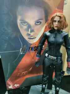 Hot Toys Avengers Age Of Ultron Black Widow 1/6 Scale MMS288 action figure