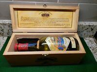 Jose Cuervo Reserva de La Familia RARE MINT WOOD BOX & BOTTLE Joel Rendon 1995