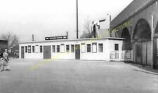 Shefford Railway Station Photo. Henlow - Southill. Hitchin to Bedford Line. (4)