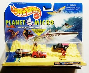 Vintage 1999 Mattel Hot Wheels Planet Micro Surfs Up Playset *NEW SEALED* 90s