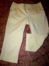 BAY STUDIO Petite sz 6P Yellow w/side & back pockets Capri Pants in EUC