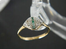 VINTAGE - ANTIQUE 18CT GOLD AND PLATINUM EMERALD AND DIAMOND RING!