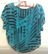 Guess Size XS Jade Green and Black Pattern Loose Polyester Top