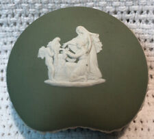 Vintage Wedgwood Jasperware Green Heart Kidney Shaped Trinket Box Made England