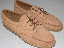 Very Good Condition Women's Easy Spirit Outdoor Leather Suede Size 9.5 B/AA
