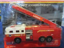FDNY NYC New York City Fire Seagrave Rear Mount Ladder 7 Fire Truck 1:64 S scale