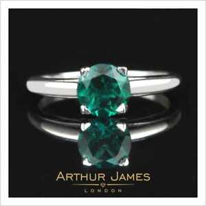Four Prong 1.2 Ct Round Green Emerald Zambian Single Stone Solitaire Women Ring