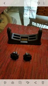 TH Marine Hydrowave Bracket Mount with thumbscrews only. No unit comes with this