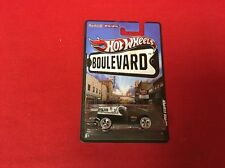 1:64 Hot Wheels Boulevard Copper Stopper Black and White