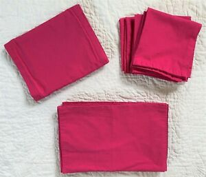 Setting for 8 Kate Spade Larabee Dark Pink Dot Table Runner Placemats Napkin Lot