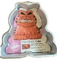 GARFIELD Shaped Vintage Cake Baking Tin 1978 Novelty Collectable wilton unused