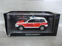 Minichamps 1/43 - VW Touareg Notarzt  2002  NEF