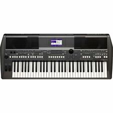 Yamaha PSR-S670 Keyboard Synthesizer