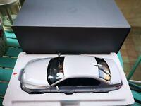 Kyosho 1:18 BMW 5 Series E60 Saloon Diecast Model Dealer Edition