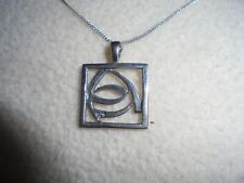 BEAUTIFUL SILVER 925 PENDANT AND CHAIN