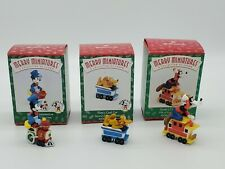 Set of 3 Hallmark 1998 Merry Miniature Figurines Mickey Express Train Set Minnie