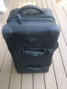 $320 BURTON WHEELIE DOUBLE DECK CARGO ROLLER TRAVEL BAG SIZE: 86L BLACK