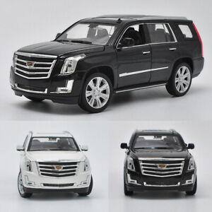 1:24 Cadillac Escalade 2017 Full-Size SUV Model Car Diecast Vehicle Collection