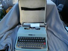 Vintage Olivetti Underwood Lettera 32 Cursive Typewriter In Case Italy Estate