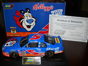 Revell #5 Frosted Flakes 1997 Chevy Monte Carlo 1:24 Diecast Car