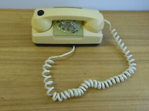Vintage GTE  AE Automatic Electric  Rotary Dial Wall Mount Phone beige