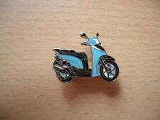 Pin Anstecker Honda SH 300 i / SH300i Roller Scooter Art. 1071 Motorbike Moto
