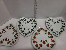 Williams Sonoma Set of 4 La mure Chene Heart  Plates Fraise Myrtille Framboise