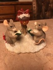 Dean Griff Charming Tails Silvestre Mackenzie & Maxine Caroling Mice