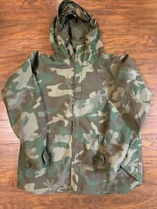 BDU US Military Cold Weather Parka Size Large Regular Stock# 8415-01-228-1319