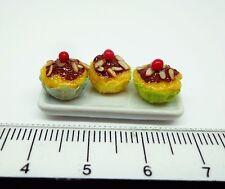 1:12 SCALA 3 Cup Cakes su una piastra in miniatura casa delle bambole