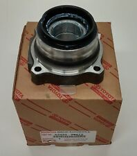 Toyota OEM Right Rear Axle Hub And Bearing For Tacoma 42450-04010