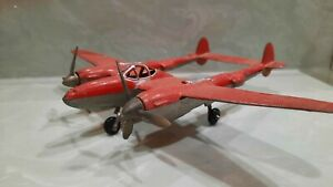 HUBLEY DIECAST P-38 P38 FIGHTER NO. 881 RED with SILVER TRIM Good Shape !